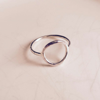 Handmade hammered sterling silver open circle ring. Simple & minimalist