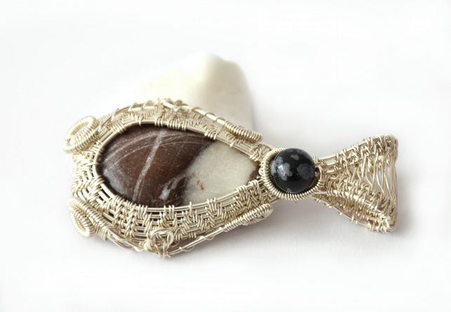 Stone and silver plated copper wire pendant with snowflake obsidian detail