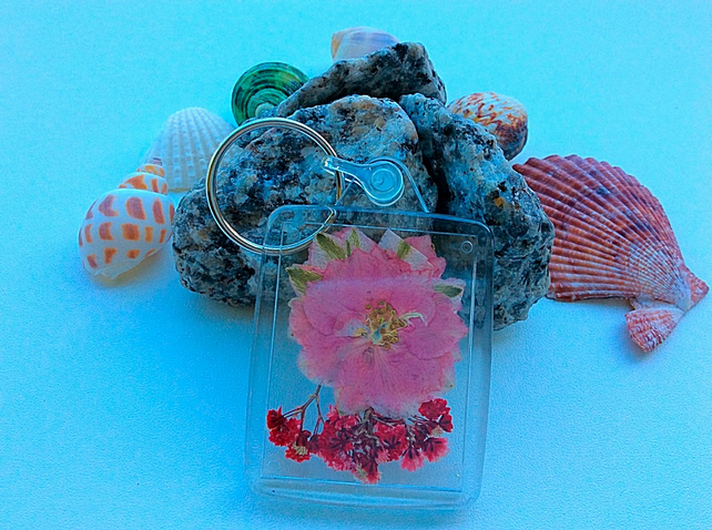 pressed dried flower keyring,keychains,house keyring,car keyring,bag charm