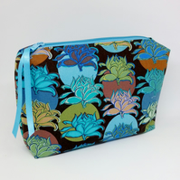 Lotus Flower Box Cosmetic Make-up Case