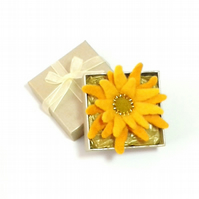 Felt flower brooch yellow sunflower with gold gift box