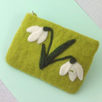 Snowdrops purse felt flowers green makeup bag phone case clutch bag