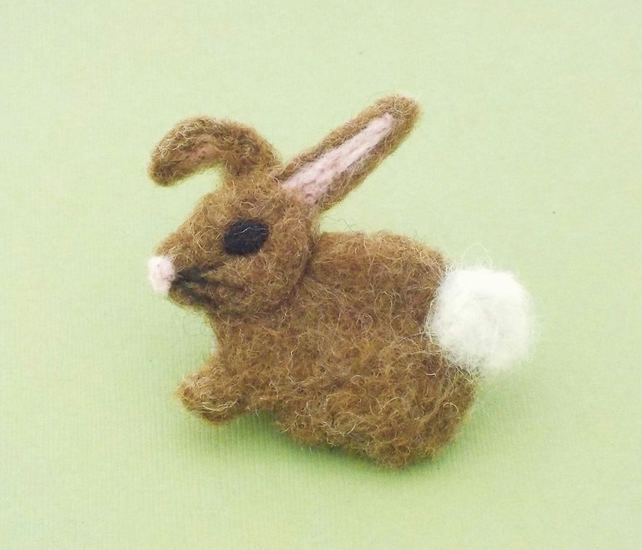 Bunny rabbit felt brooch pin. Woodland animal needlefelt badge.