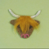 Felt fridge magnet highland cow