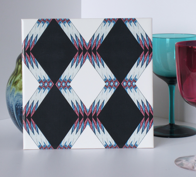 Geometric Diamond Pattern Ceramic Tile Trivet with Cork Backing