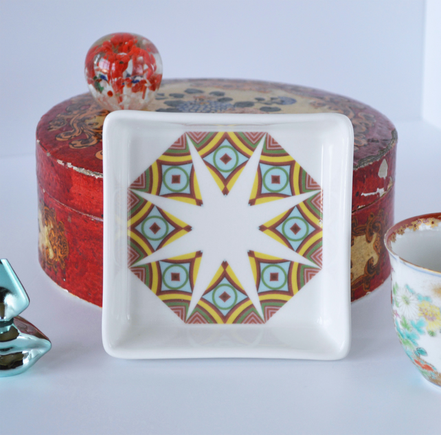 Geometric Sunburst Pattern Ceramic Dish, 10 x 10cm, Many Uses
