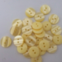 Lemon Pearlised Button