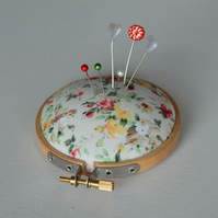 Embroidery hoop style pin cushion ,pincushion
