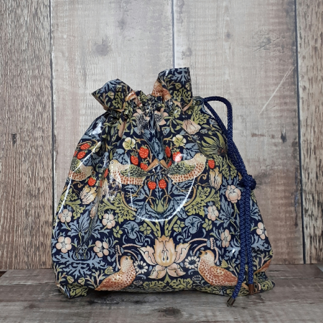 William Morris oilcloth drawsting bag