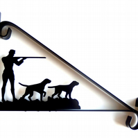Hunting Scene - Gunman & Dogs - Silhouette Scroll Style Hanging Basket Bracket