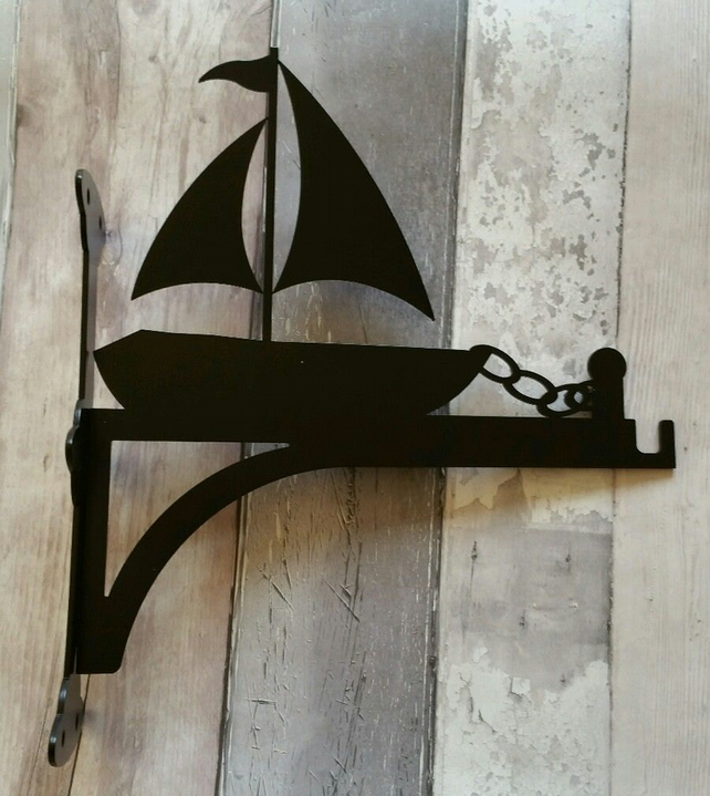 Docked Boat with Chain Heavy Duty Hanging Basket Bracket