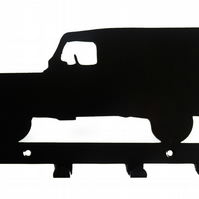 Land Rover-type Car Silhouette Key Hook Rack - metal wall art - Jeep 4x4 Range