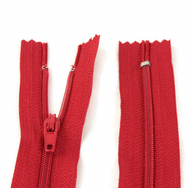 "Nylon Zip - 12"" (30cm) - Red"