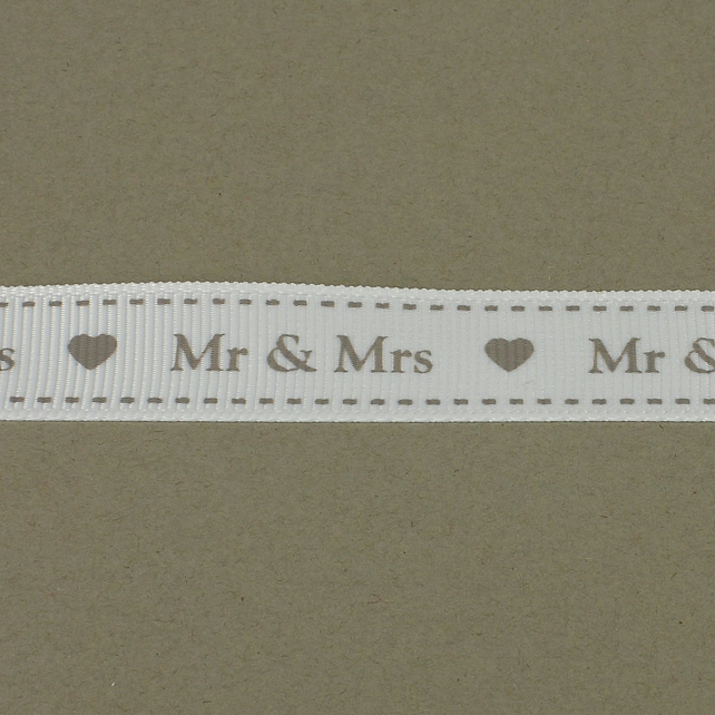 Mr & Mrs Ribbon - 16mm