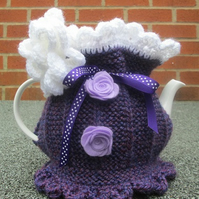 Knitted Tea Cosie   Mary Lou