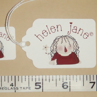100 x SMALL TAGS (STRUNG, SINGLE SIDED) 35mm x 23mm