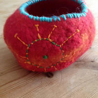 Handfelted Pot