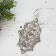 Christmas Porcelain Platinum Holly Decoration