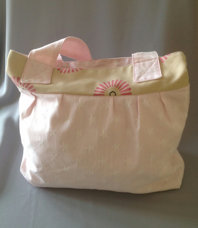 Pink Star and modern flower Tote