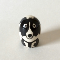 Small handmade pottery border collie.