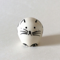 Little handmade pottery cat.