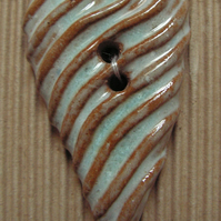 Set of 2 large blue and brown heart buttons
