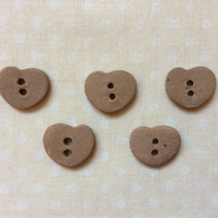 5 ceramic neutral coloured matt finish heart buttons