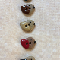 Set of 5 tiny winter bird buttons