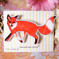 Curious Fox Brooch