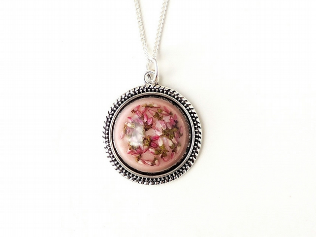 Pink Heather Flowers Resin Cabochon Necklace (267)