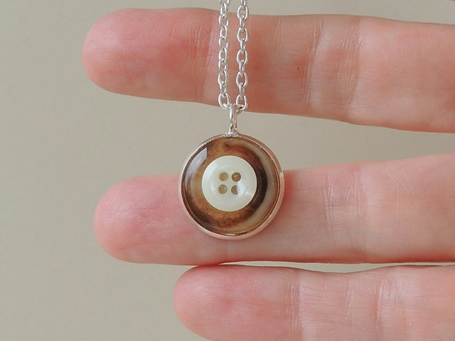 Little Brown and Cream Button Pendant (1370)