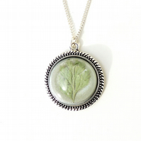 Green Leaf Necklace - SALE (024)