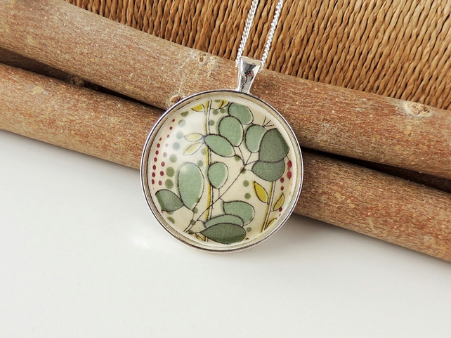 Green Leaf Necklace (1346)