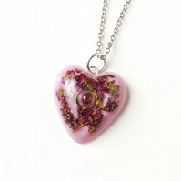 Heather Heart Resin Necklace (134)