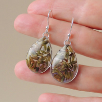 SALE: Lavender Flower Resin Drop Earrings (186)