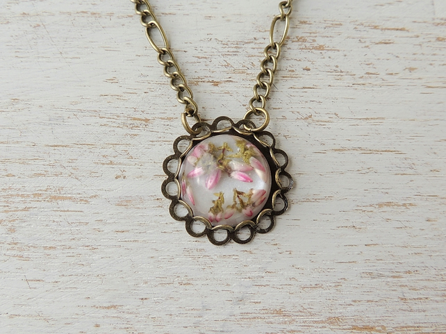 Pink Flowers Necklace (543)
