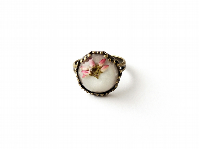 Heather Flowers Resin Ring (2182)