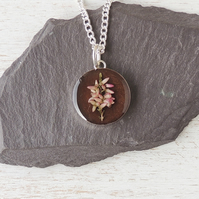 Brown Flower Necklace (939a)