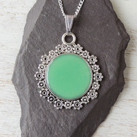 Green Pendant Necklace (1954a)