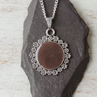 Brown Pendant Necklace (466a)