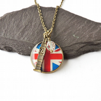 London Charm Necklace - 1584