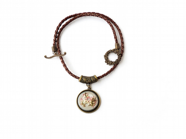 Flower Cabochon on Leather Necklace - 028