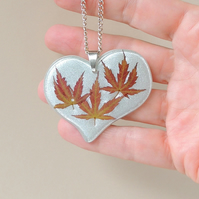 Green Maple Leaf Necklace - 905