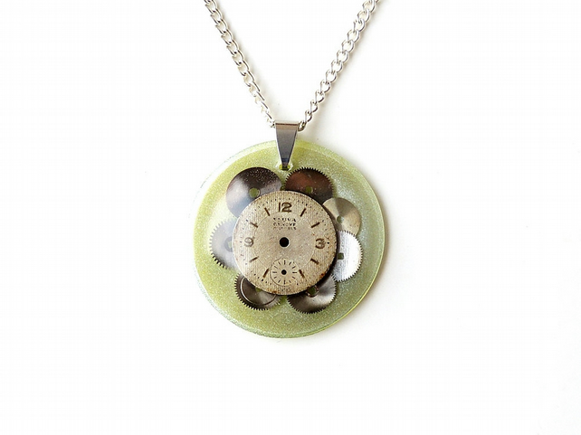 Old Watch Necklace - 814