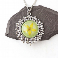 Green & Yellow Flower Necklace - F015