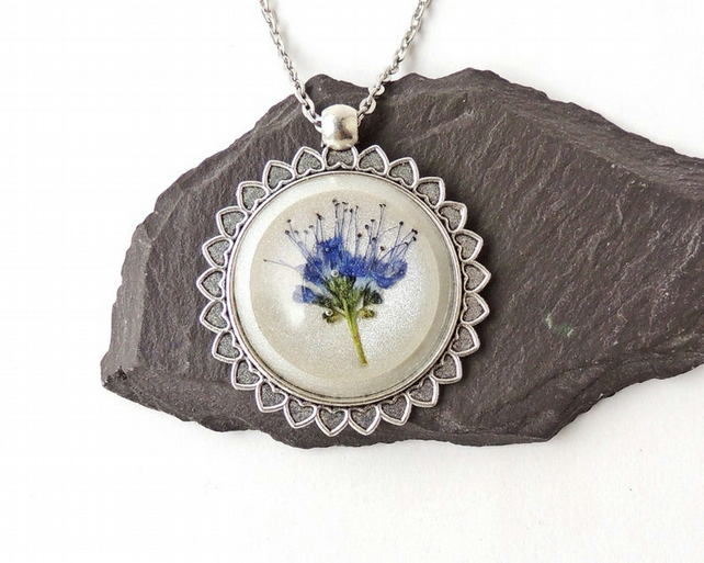 Blue & White Flower Necklace - 813