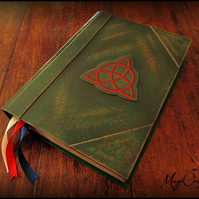 Book of shadows REPLICA CHARMED with all original pages from tv show MEDIUM size
