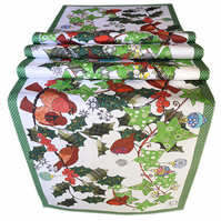 Christmas Table Runner - Holly, ivy and robins with slogan 'Deck the halls'