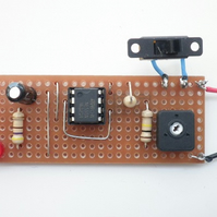 Kit 11: Adjustable Flashing L.E.D. Using An Integrated Circuit