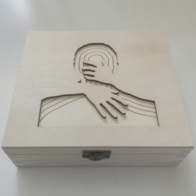 'in your arms' jewellery box
